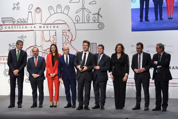 Galardón Premio Mérito empresarial 2019